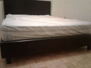 1 king size bed with matress only 1 month used
