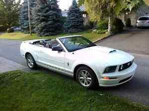Mustang 2007 convertible vente ou échange pour bateau