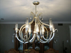 MAJESTUEUX LUXUEUX LUSTRE MODERNE A 12 BRANCHES CHAMPAGNE