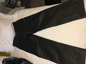 Size 30-32 new leather pants black   Brand new