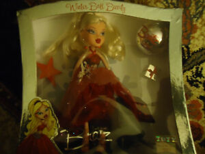Bratz Doll Winter Ball Beauty    COLLECTABLE    MINT CONDITION London Ontario image 2