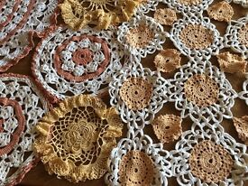 Lace Doillies 31 Assorted