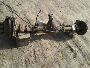 Axle,trailer hitch,grill, rims and springs from 2002 Silverado