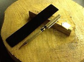 Hand Turned Pen (054)