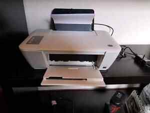 HP Desk jet 1513 color printer