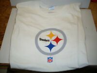 Pittsburgh Steelers  Size XL T-Shirt *NEW*