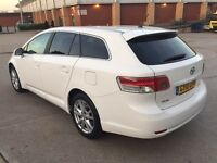 **TOYOTA AVENSIS TR D-4D 2.0 DIESEL 5 DOOR ESTATE (2010 YEAR)**