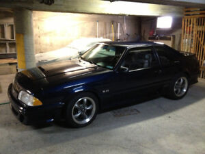 1990 Ford Mustang GT 5.0 hatchback (foxbody)