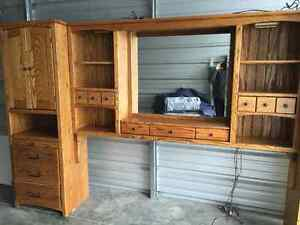King size wall unit