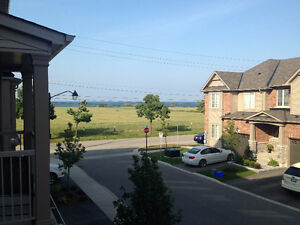 Gorgeous Townhome with Lakeview- Stoney Creek-Grimsby Border