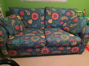 Dbl pullout couch-Chesterfield Shop
