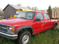 2000 Chevrolet 1 Ton 4X4 Crew Cab with HANDY DUMPER