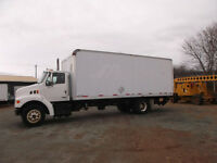 2001 STERLING 6 SPD CUMMINGS 24 FT BOX HYDRAULIC TAILGATE