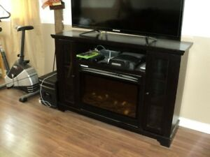 Fireplace Mantel - TV Stand - Fort Erie