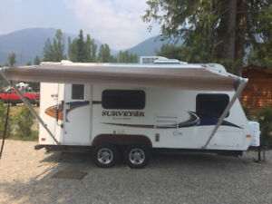 2011 Surveyor SP189 Forest River Travel Trailer 20 foot