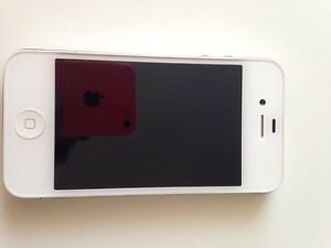 iPhone 4 with knuckle case.  Peterborough Peterborough Area image 5
