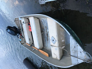 Outboard boat and motor