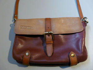 PIKOLINOS Leather Handbag Sarnia Sarnia Area image 2