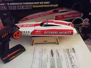 Rc boat brushless very fast