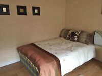 4 Westbourne Avenue F1-SPACIOUS STUDIO-BILLS INCLUDED EXCEPT ELECTRIC-AVAILABLE NOW-NO BOND!