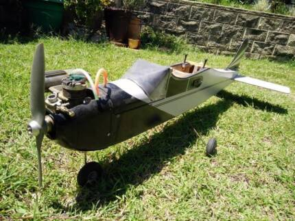 RC Model plane - high wing trainer - wingspan 1500 mm