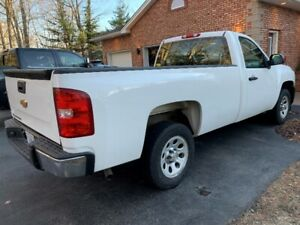 2012 Chevrolet 1500 Series Pick Up