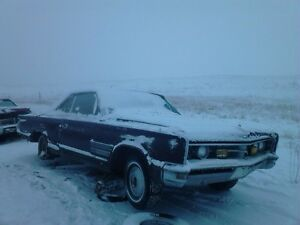 1966 Chrysler 300 reduced to $900