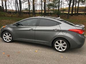 2012 Hyundai Elantra Limited w/Navi Sedan