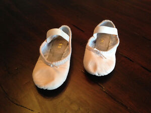 Children's Bloch Ballet Slippers - Size 9