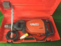 Hilti TE 1000 AVR Heavy Duty Concrete Breaker 110v Plus New Chisel
