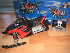 radio controlled snowmobile