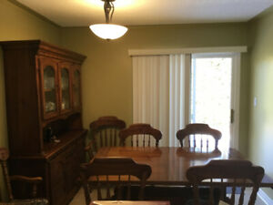 Solid Pine Dining Room Table ,Hutch and Six Chairs