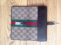 Gucci wallet purse with rare buckle detail