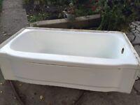 Standard Size Bathtub Free