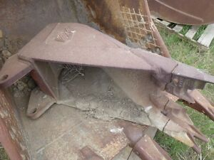 "16"" Hensley Frost Bucket to fit Case 580 series backhoe Regina Regina Area image 3"