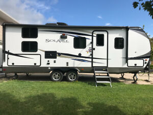 2018 palomino Solaire 240bhs- located in Tavistock