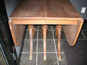 Drop Leaf Table Buy Or Sell Dining Table Amp Sets In