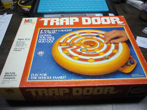 Trap Door-Vintage game-glass marbles-complete