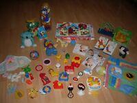 Lot de jouets et hochets 0-12 mois
