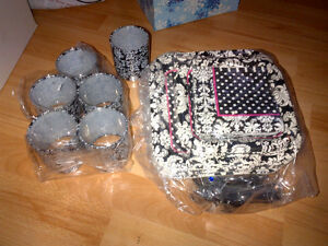 Black and white party supplies; Paris themed