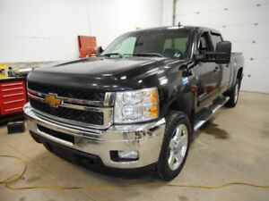 2014 CHEV 2500HD Diesel (Priced to sell ) $30900