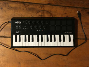 M-Audio Axiom Air 32 Mini Keyboard
