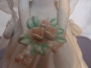 Music Box Bride Holding Flowers Figurine London Ontario image 2
