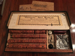 Jeu d'étampes antique     Antique Stamp set