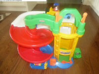 Fisher Price Little People's Garage