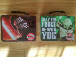 Two collectible star wars tin lunch boxes - Yoda and Kylo Ren