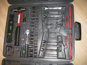 RATCHET SET & CASE