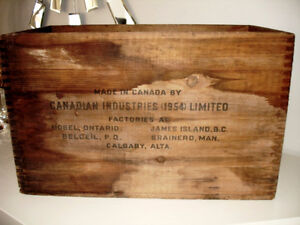 1954 EXPLOSIVE DYNAMITE CRATE Canadian Indust. INDUSTRIAL CHIIC Cambridge Kitchener Area image 4