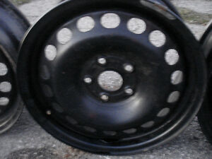 SELLING BLACK STEEL RIMS 15 AND 16