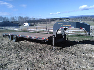 30 foot Precision flatdeck trailer
